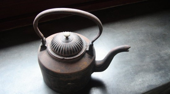 The ordinary kettle